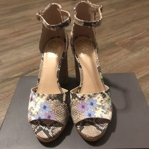 NEVER WORN**Vince Camuto Shoes